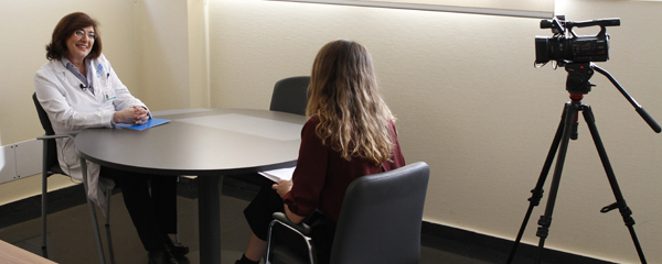 La entrevista tuvo lugar en el desapcho de Cristina Granados.