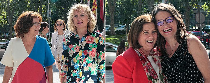 A la izquierda, Victoria Broto y Eva Díaz. A la derecha, María José Sánchez y Mónica Oltra, consejera de Igualdad y Políticas Inclusivas de la Comunidad Valenciana.