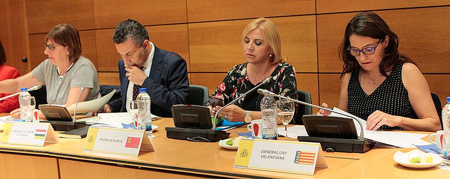 Pilar Valera, Conrado Escobar, Violante Tomás y Mónica Oltra.