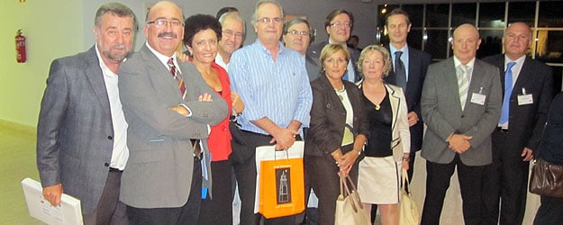 Las habilidades directivas incluido el sector salud for Mercedes benz of valencia general manager
