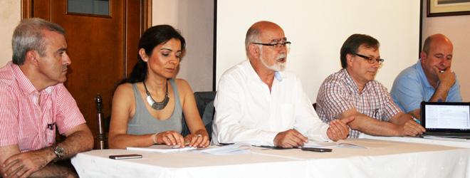 Giner advierte de la posible quiebra de 80 farmacias for Oficinas hacienda valencia