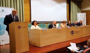 Andalucía crea un modelo para paliar la falta de profesores de Medicina