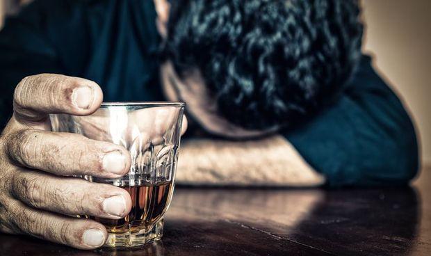 �AP, clave en la detecci�n y abordaje del trastorno por consumo de alcohol�