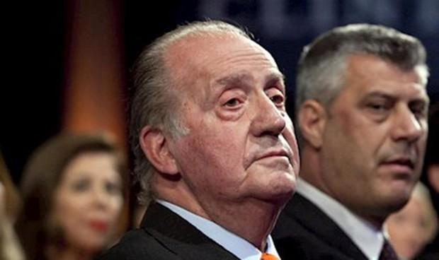 'Cambian' a Juan Carlos I por la sanidad pública en Cádiz