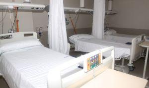 'Cerrado por vacaciones': 14.000 camas menos en los hospitales españoles