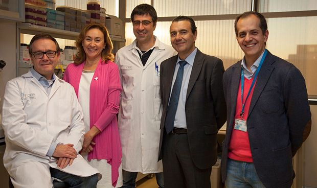 """Científicos españoles logran un hallazgo """"de primer orden"""" en el alzhéimer"""
