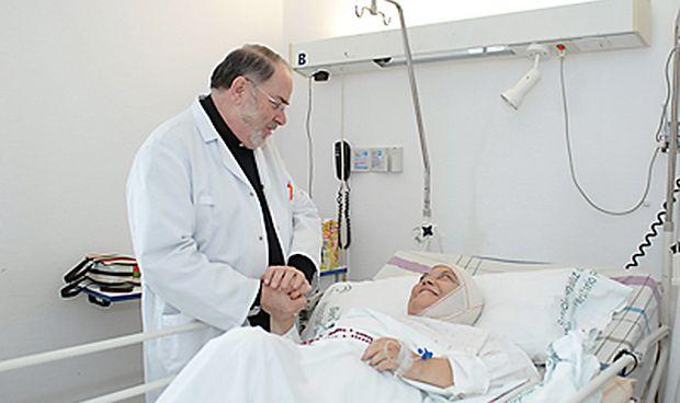 ¿Cuánto cobra un capellán por su labor en el hospital?