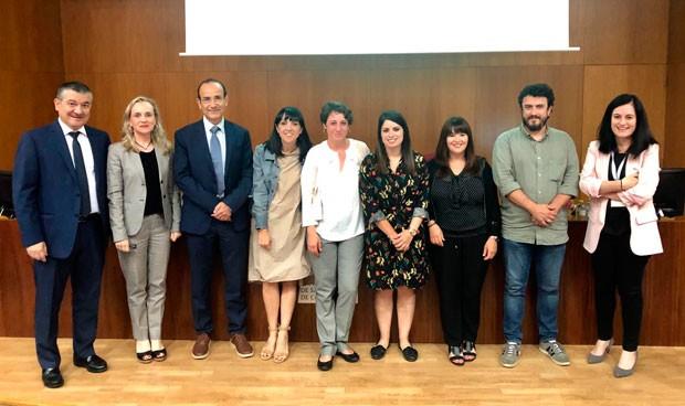 """""""Cum laude unánime"""" a la primera tesis de la Unidad Mixta Roche - CHUS"""