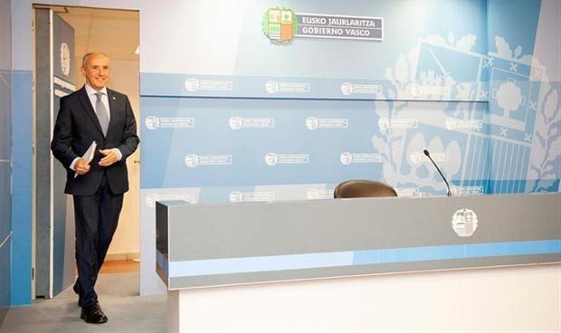 """El cambio de Batet """"no afecta"""" a la transferencia de Farmacia a País Vasco"""