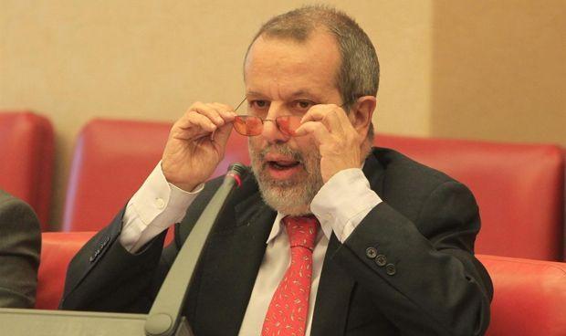 El Defensor del Pueblo propone quitar copagos a crónicos y discapacitados