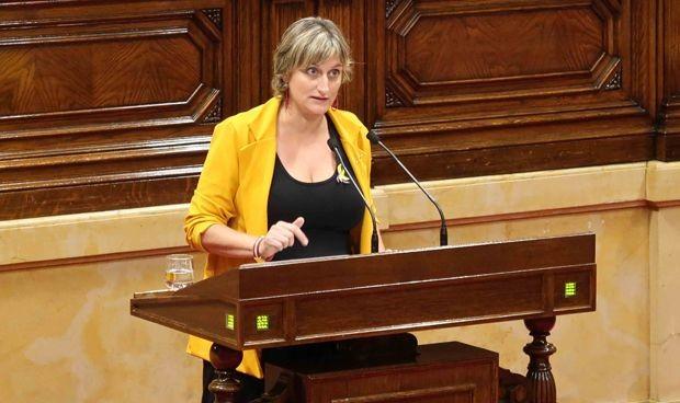 El Parlament obliga a Vergés a atajar la crisis de Emergencias sanitarias