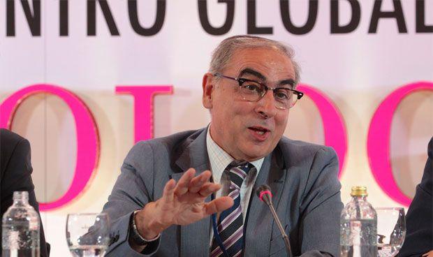 """""""El SNS tiene futuro si se recompone de los daños de la crisis"""""""