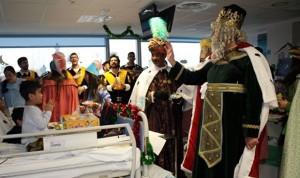 ¿En qué se parecen los anestesistas a los Reyes Magos?