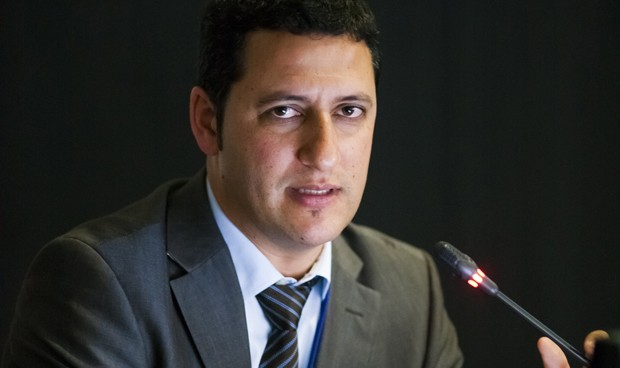 """""""España rectificó con la varicela por la experiencia ajena"""""""