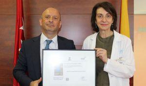 """""""Este sello acredita al Puerta de Hierro como centro solvente y sostenible"""""""