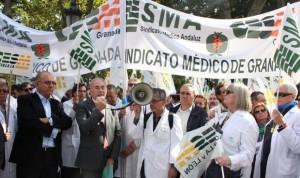 """Huelga médica en otoño si """"los homenajes no se traducen en medidas"""""""
