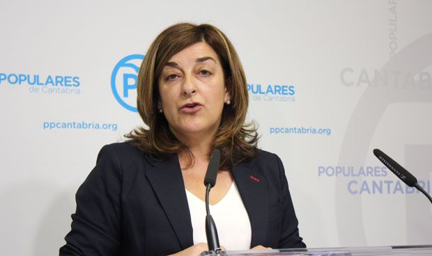 """""""La consejera Real está inhabilitada para dirigir la sanidad cántabra"""""""