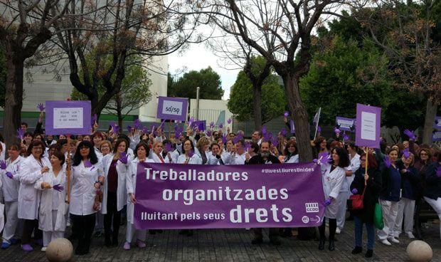 La mitad de las profesionales han secundado la huelga del 8M en sanidad