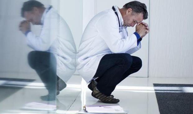 """""""La pandemia es un factor de riesgo de depresión entre el colectivo médico"""""""