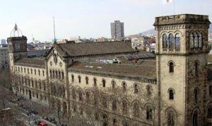 La Universidad de Barcelona es la mejor de España para estudiar Medicina