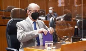 Lambán vuelve al Ejecutivo tras su operación de cáncer de colon