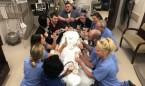 """""""Las enfermeras de hospitales pequeños pasan el día jugando a las cartas"""""""
