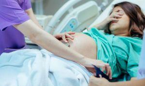 """""""Me hago caca"""" o """"que me muero"""", frases que toda matrona oye en el parto"""