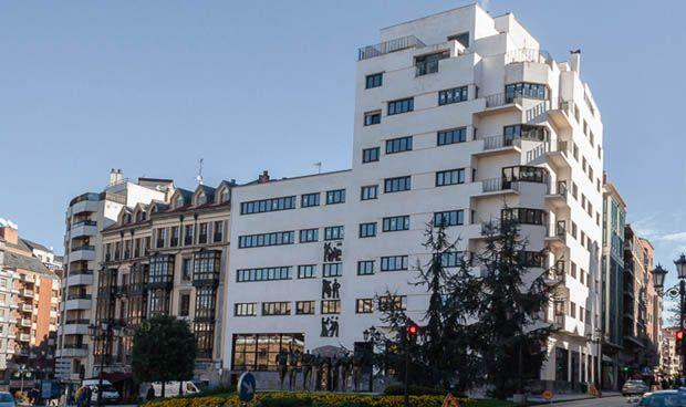 ¿Por qué ha dimitido el director financiero de la sanidad asturiana?
