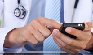 ¿Puede un médico prescribir medicamentos a través de WhatsApp?