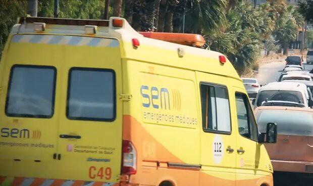 ¿Qué hace una ambulancia catalana en un desfile yihadista?