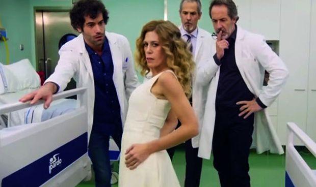 """Sanitarias sexualizadas en TVE: la cadena apela al """"espíritu de Broadway"""""""