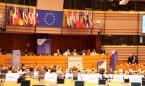 'Sí' a que sanidad pública y privada accedan a la historia clínica europea
