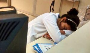 #YoTambienMeDormi: la campaña de apoyo a una médico que se quedó dormida