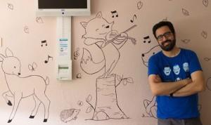 El enfermero de paliativos que dibuja en las paredes del hospital
