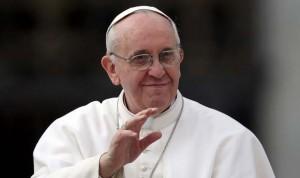 4 años del Papa más sanitario: médicos bendecidos y enfermeras santificadas