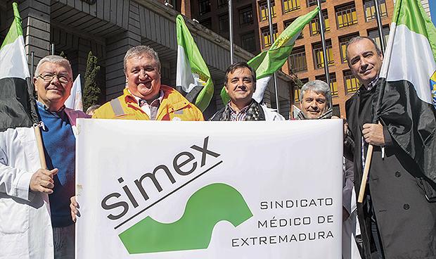 """Manifestación del 7-M: """"Pedimos dignidad para los médicos y los pacientes"""""""