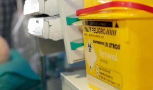 60 accidentes laborales diarios en la sanidad española, 17 de ellos graves