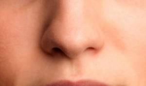 Covid: una de cada diez personas tiene síntomas hasta ocho meses después