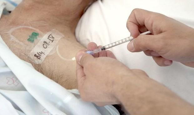 A más enfermería a domicilio, menos gasto en pacientes terminales