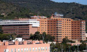 Acusan al Vall d'Hebron de facturar la asistencia sanitaria a un menor