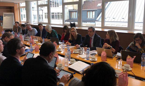 Aguilar se estrena como presidente de la farmacia europea