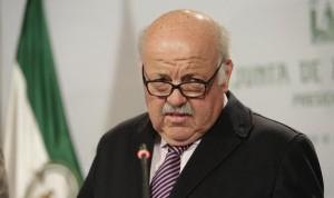 Aguirre estudia ampliar la jubilación de los médicos hasta los 70 años
