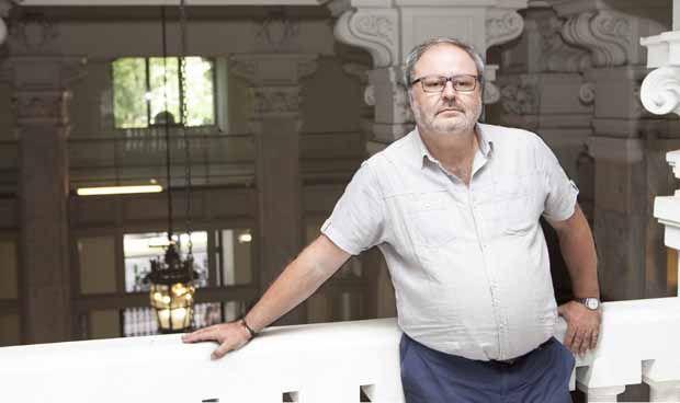 Ahora Madrid justifica la externalización en Salud por falta de personal