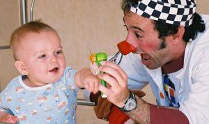 Air Liquide lleva la felicidad en forma de pijama infantil al 12 de Octubre
