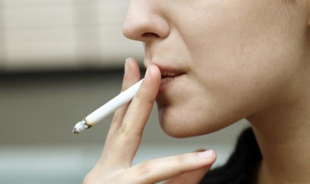 Algunas estrategias para dejar de fumar son más efectivas en mujeres