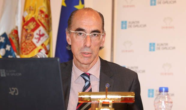 """Almuiña: """"La nueva Ley de salud blinda los hospitales comarcales"""""""