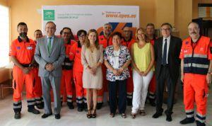 Álvarez entrega a Emergencias el certificado de calidad de la Junta