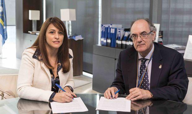 AMA firma un acuerdo de colaboración con los podólogos valencianos