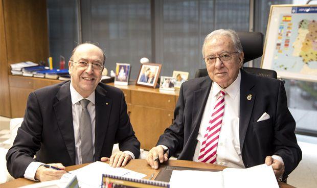 AMA firma una póliza colectiva de VIDA con el Colegio Nacional de Ópticos
