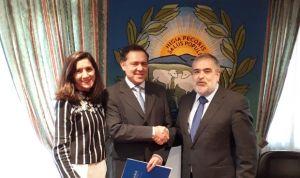 AMA firma una póliza de decesos con el Colegio de Veterinarios de A Coruña